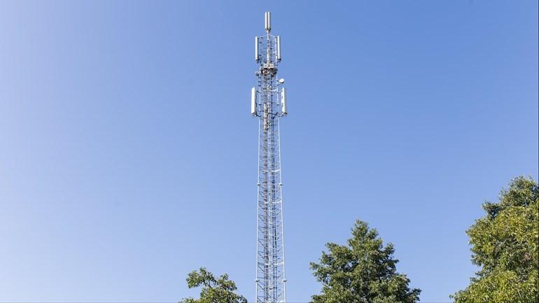 Twee aanhoudingen bij plaatsen illegale zendapparatuur in Rijssen